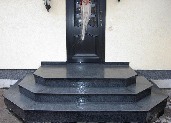 granit treppen au en bilder treppenstufen stein aussen. Black Bedroom Furniture Sets. Home Design Ideas